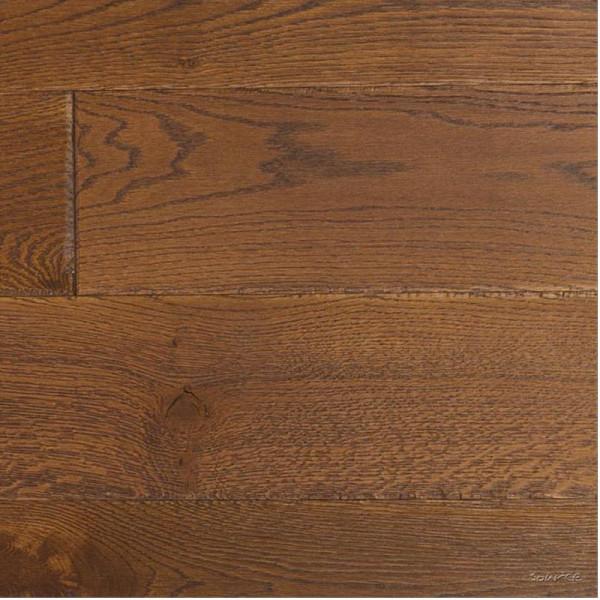 Cognac Oak Classique Distressed And Brushed