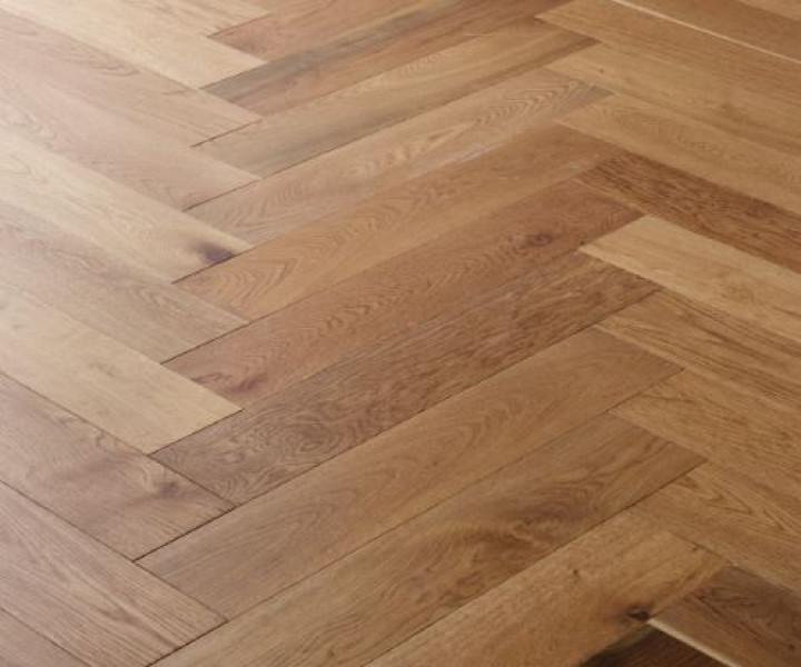 Brooks Floor -Eastbury Select Grade Smoked and Oiled Herringbone H1019