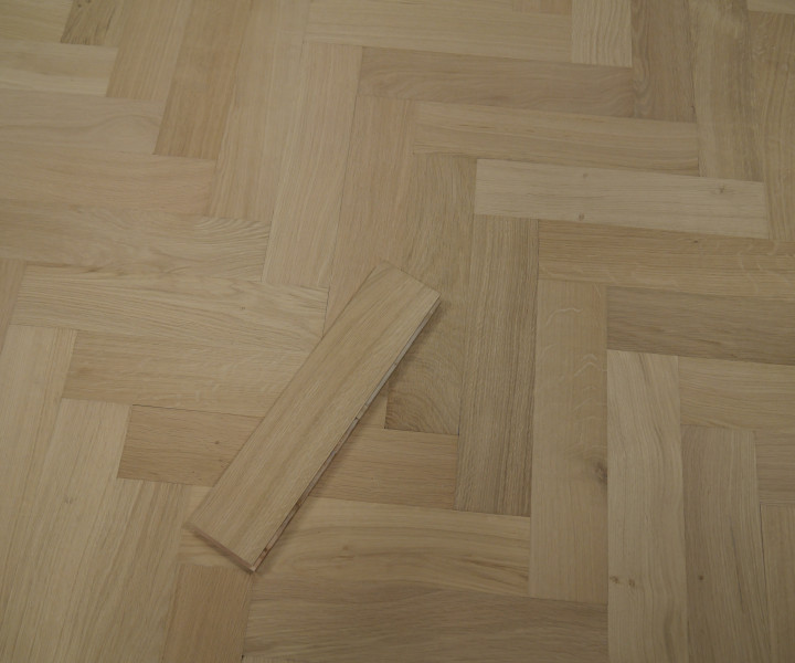 Developer Oak Lacquered Herringbone/Parquet