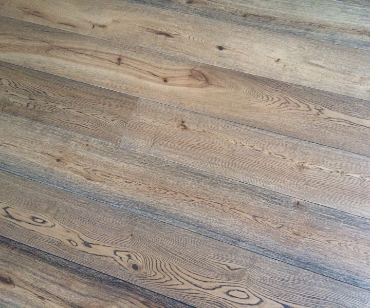 Engineered Antique Oak 190mm UV Lacquered - ONLY 2 BOXES LEFT!