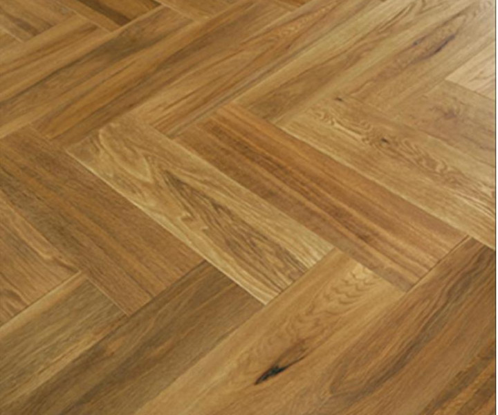 Parquet - Engineered Herringbone Brushed & Smoked - 15 x 148 x 592mm