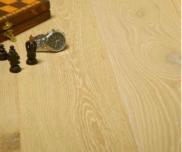 Burano Champagne Oak Brushed & Uv Oiled Floor