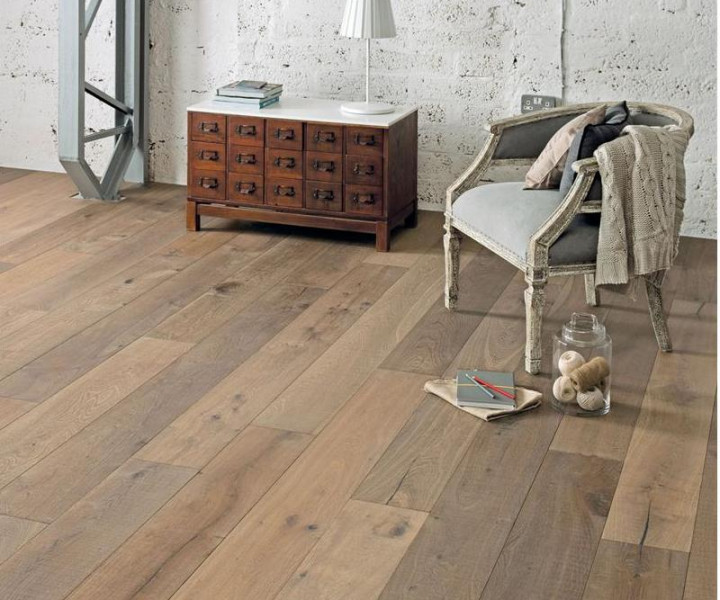 Burano Smoked & Bandsawn Oak Wood Floor