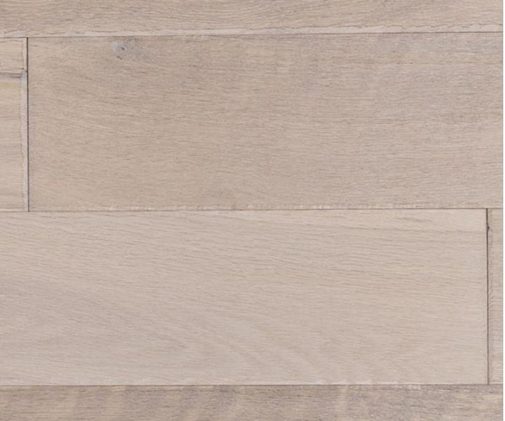 Classique Distressed & Brushed Whitened Oak