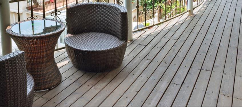 Glue Your Engineered Wood Flooring, Is It Better To Glue Or Float An Engineered Wood Floor
